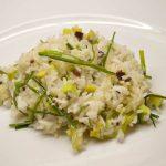 Virti ryžiai su avokadais ir alyvuogėm