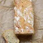 Trobos duona su miežiniais miltais