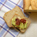 Duona su pastarnokais ir muskatais