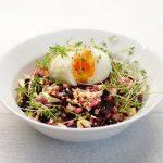 Perlinių kruopų salotos su burokėliais ir rėžiukais